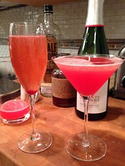 champagne cocktail, kir, pink lady, drink, cosmopolitan, cocktail, alcoholic beverage,