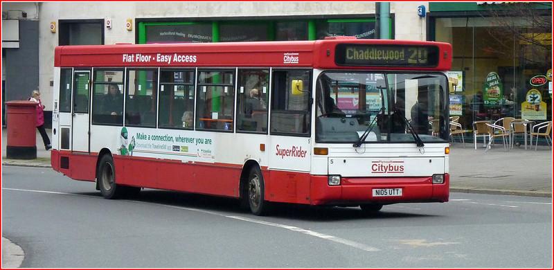Plymouth Citybus 005 N105UTT