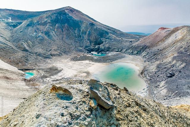 Lagos cercanos al volcán Ebeko. Paramushir. Islas Kuriles. Mar de Ojotsk.