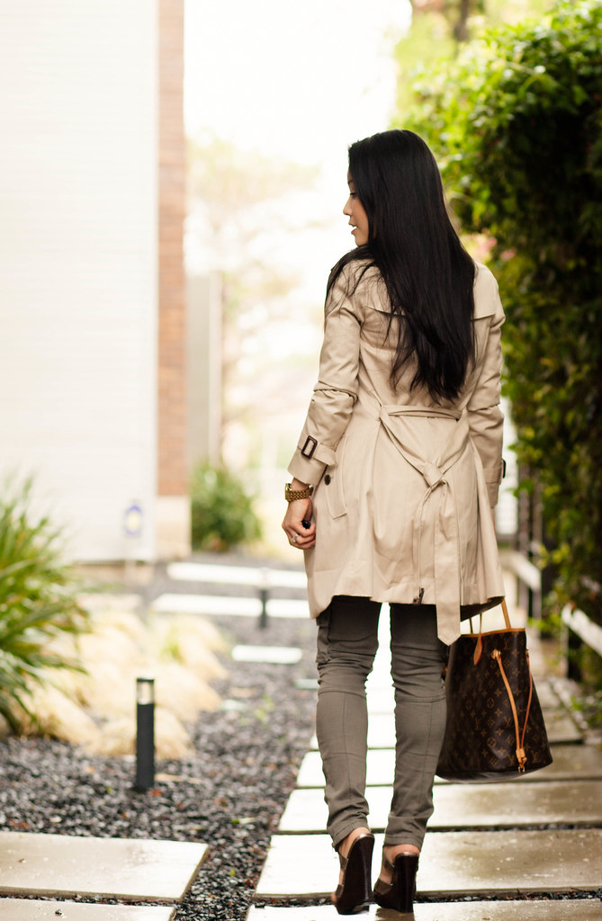 cute & little blog   petite fashion   spring casual classics outfit   khaki trench, gingham shirt, olive skinny cargo pants, crystal statement necklace, louis vuitton neverfull mm