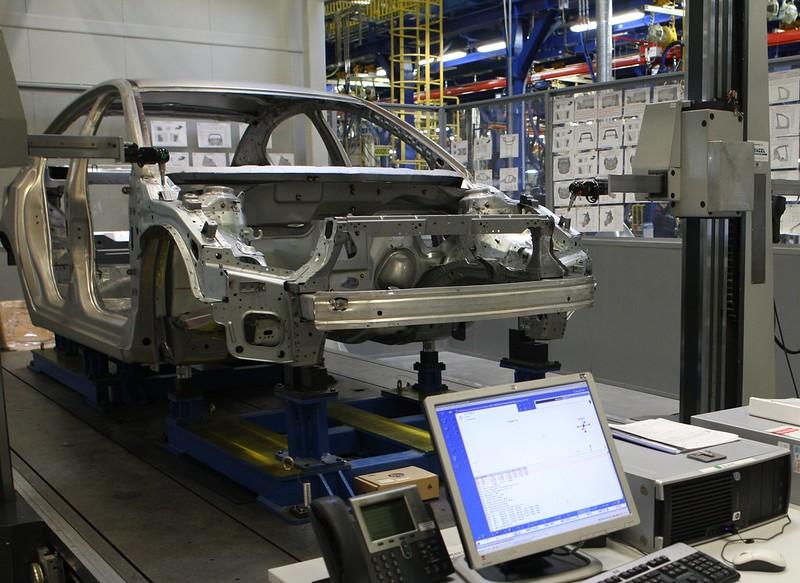 Завод General Motors в Шушарах -кузовной цех