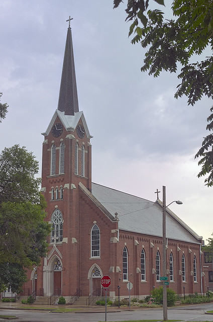 Sacred Heart Roman Catholic Church (Saint Katharine Drexel Parish), in Springfield, Illinois, USA - exterior