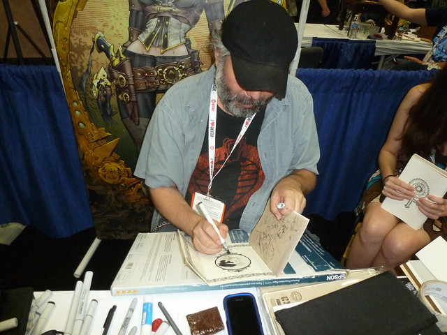 Joe Benitez sketching Lady Mechanika