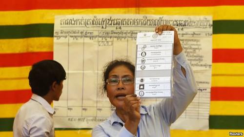 Đảng Nhân dân Campuchia tuyên bố thắng cử