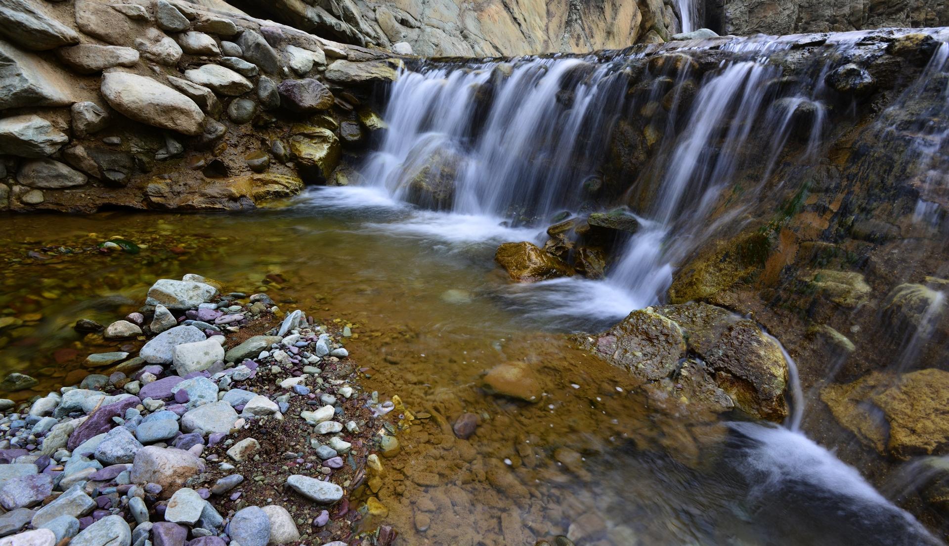 贺兰山岩画风景区.