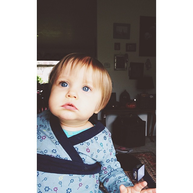 Jowls. #welovebunny #vscocam #vscocam_kids #afterlight