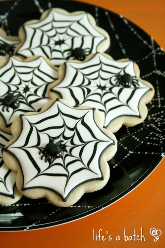 Simple Spiderweb cookies