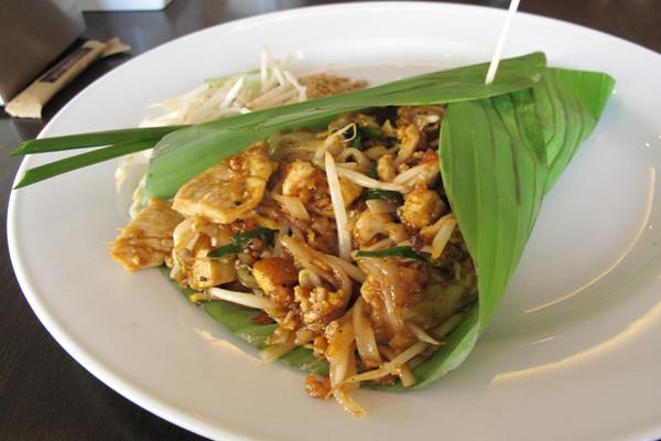 Pad.Thai