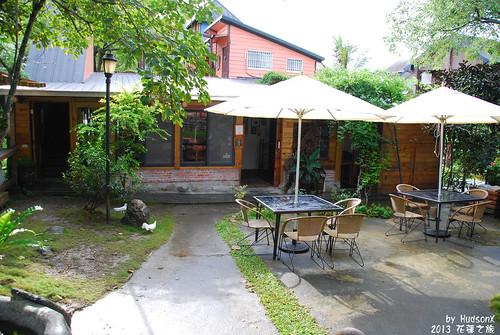 餐廳後方的小庭院(1)