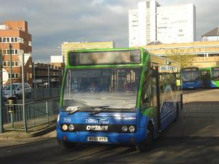 Thames Travel 709 on Route 153, Bracknell