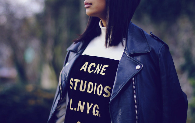 ACNE-mape-leather-jacket- ACNE-STUDIOS-sweater-beige