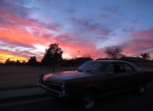 sunset arizona sky classic phoenix car evening automobile colorful sundown cruisin pontiac tempest gearhead efi musclecar motorhead sunsetcruise highperformace projectcar fuelinjected zoniedude1 streetandstrip torquemonster canonpowershotg12 77liters 1967pontiactempest 467cuinpontiacv8