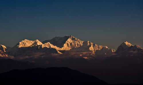 india snow mountains sunrise nikon peaks darjeeling himalayas westbengal lepchajagat nikond90 mtkanchenjunga afsnikkor18105vr