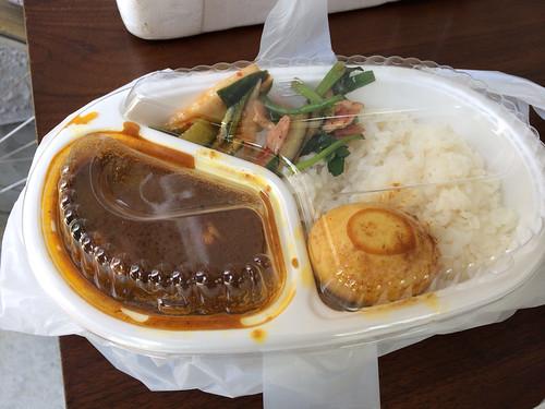 吉柳文化倶楽部のお弁当カレー