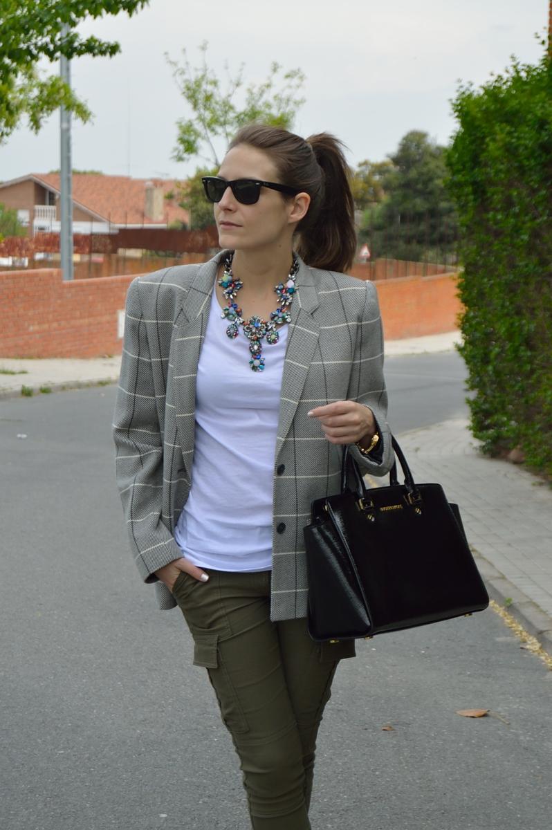 lara-vazquez-madlula-blog-fashion-look-olive
