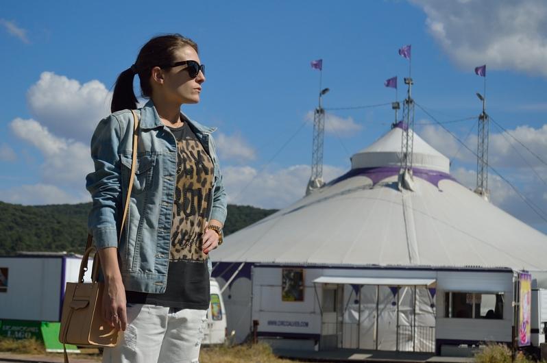 lara-vazquez-madlula-fashion-blog-denim-r'n'r-mood