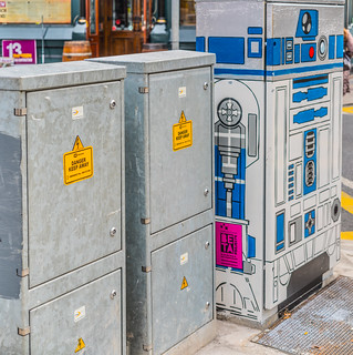 R2 BY MORGAN[ ON CAMDEN STREET SINCE 2015]-126092
