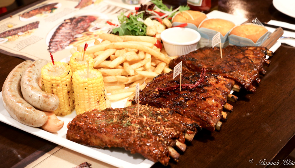 Morganfield's_-2