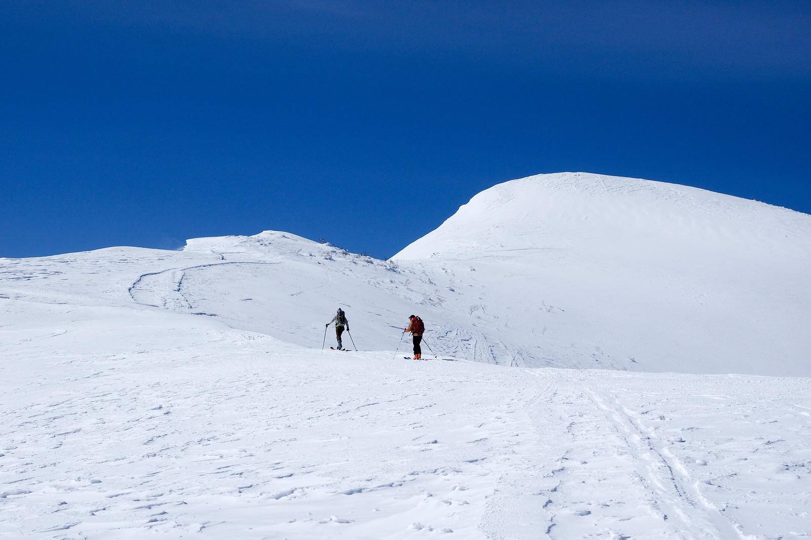 Mt. Shakotan ski touring (Hokkaido, Japan)
