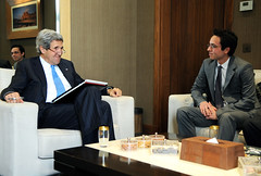 Secretary Kerry Meets With Crown Prince Hussein bin Abdullah