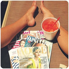 Few of my favorite things! ☀#sun #summer #layingout #snowcone #magazines #lifeisgood