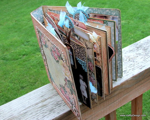 A very interactive wedding scrapbook with Graphic 45