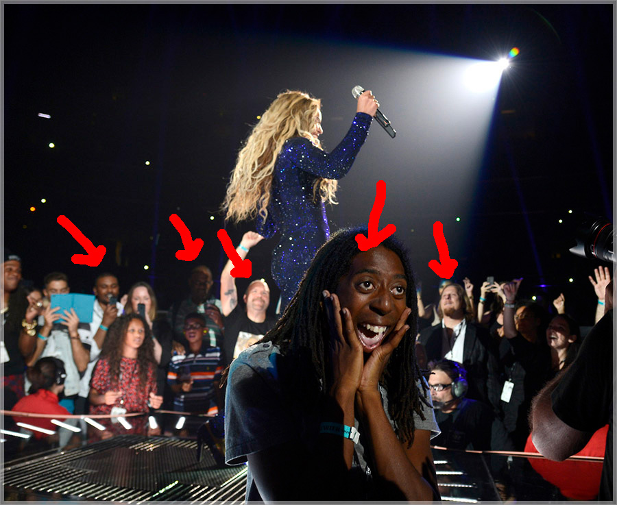 beyonce-bodyguard-as-fans
