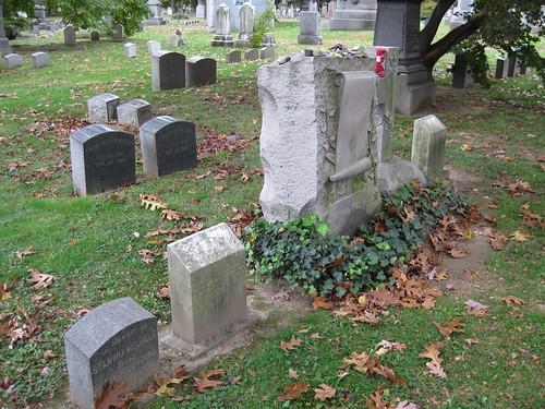 Melville Family Gravesite-014