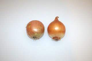 10 - Zutat Zwiebeln / Ingredient onions