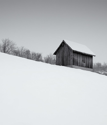 winter blackandwhite house snow landscape blackwhite noiretblanc pentax hill shed 1750 minimalism tamron minimalistic twop a16 2013 k20d justpentax tamronaf1750mmf28spxrdiiildasphericalif pentaxk20d pentaxart winter2013