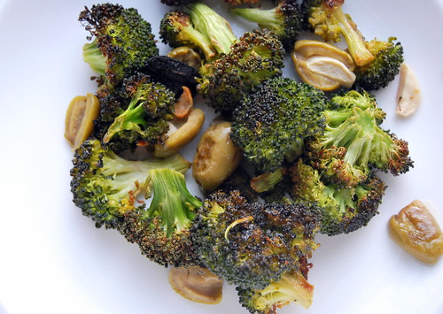 Roasted Broccoli and Olives-001