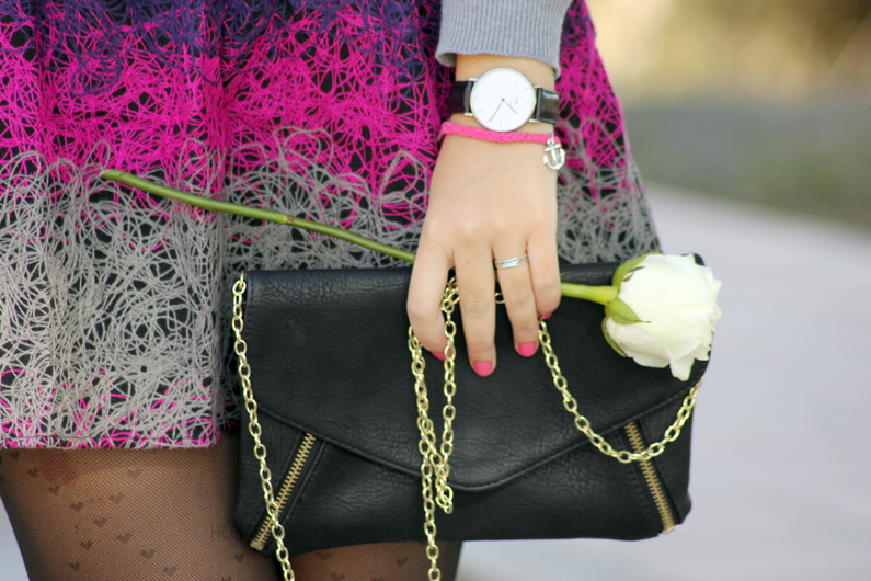 PORTADA---jersey-gris-con-falda-rosa-heelsandroses-(9)