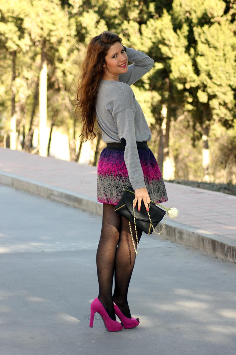 jersey-gris-con-falda-rosa-heelsandroses-(10)