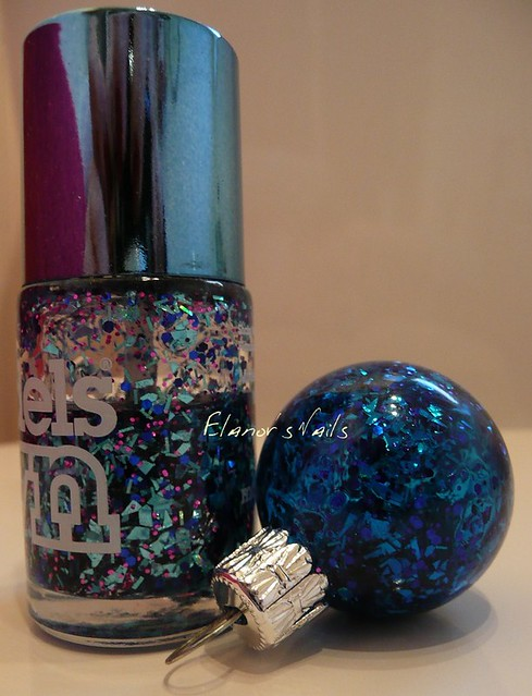 nail varnish baubles freak out