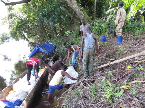unloading in Obenge