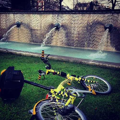 LCC Lion Tour #urban #lions #instagram #iphone5c #london #lcc #brompton #bromptonbicycle #bromptonlife