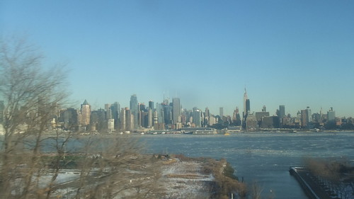 #SnapShot | #NYC Skyline #EmpireState #Icy #Hudson