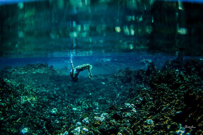 sarahlee_mahie_underwater.jpg