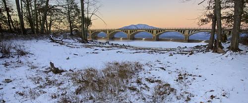 winter usa snow ny ice sunrise causeway ashokanreservoir ulstercounty ashokanhighpoint