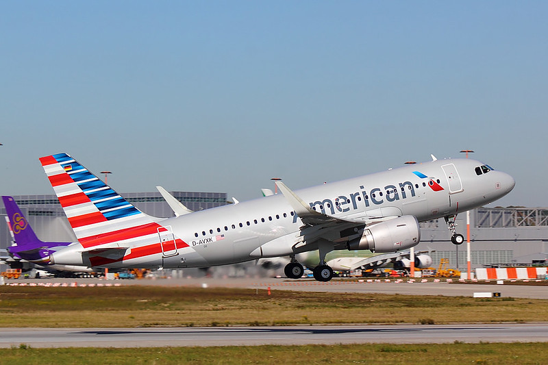 American Airlines - A319 - D-AVXK (6)