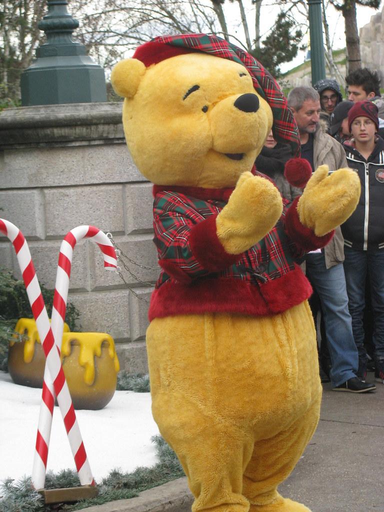 Un séjour pour la Noël à Disneyland et au Royaume d'Arendelle.... - Page 8 13902853861_7b45c0712f_b