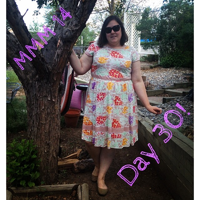 #mmmay14 #memademay day 30!  Y'all, I swear I thought there were 31 days in May, but apparently not. Which works out perfectly because I wore my new @colettepatterns #moneta that I whipped up last night (after the gardening). It's my third one! I'll be sa