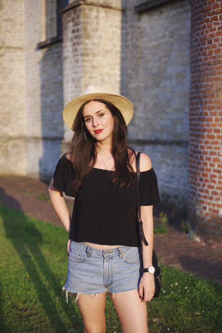 off the shoulder ruffle top, levi's shorts, havana hat