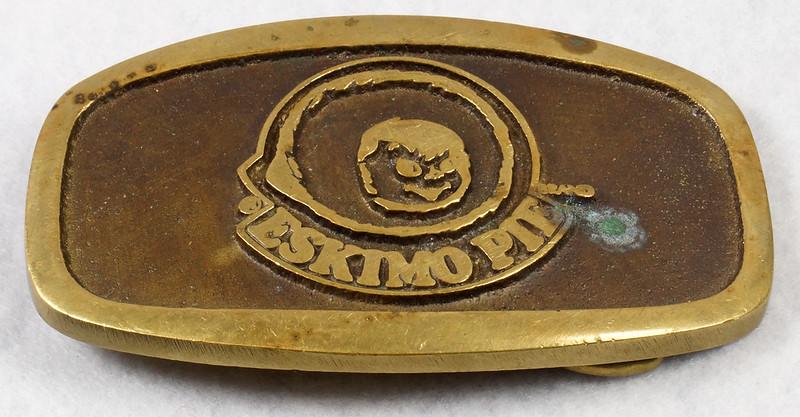RD15316 Vintage Eskimo Pie Brand Brass Belt Buckle Advertising DSC09220
