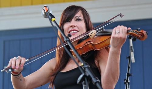 Amanda Shires smile