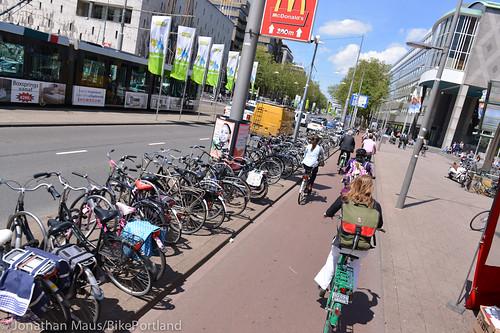 Rotterdam street scenes-66