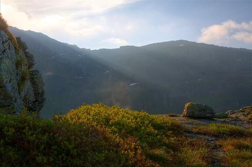 mountain hdr hordaland sunray samnanger
