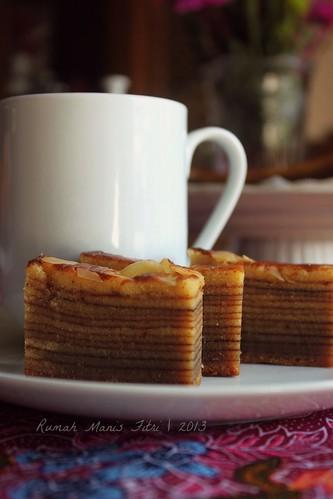 Lapis Legit / Spekkoek Cake by Fitri D. // Rumah Manis