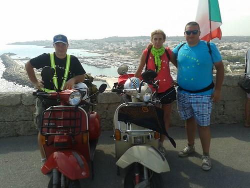 #rotolandoversosud2013 hic sunt tigellemeccaniche!! #modena #leuca by manuelongo