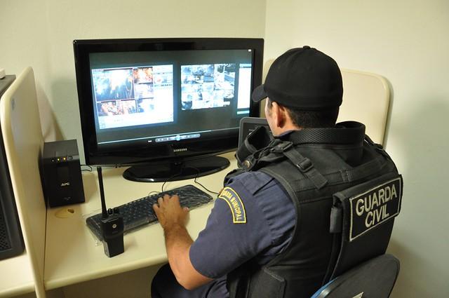 Mossoró receberá viaturas, ônibus de monitoramento e pistolas taser para a Guarda Civil